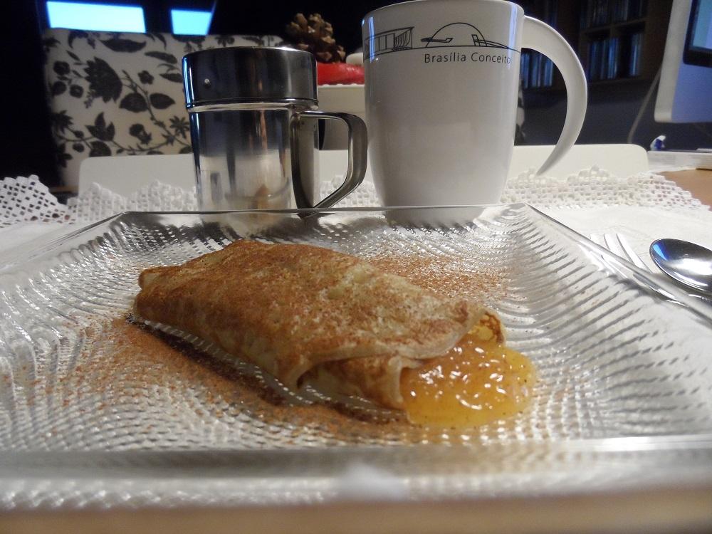 hora do chá crepe dpce de ovos com canela