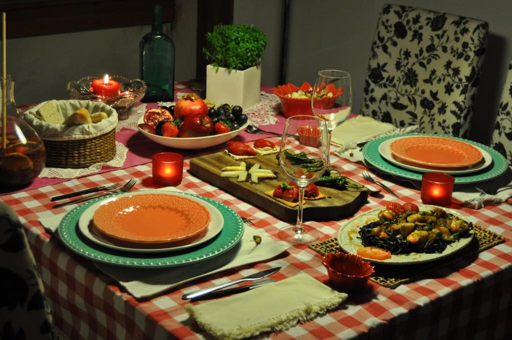 mesa de jantar afrodisíaco decorada