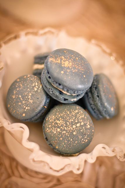 Sparkle-Dusty-Blue-Macaroons